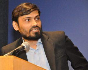 अभिरंजन कुमार जाने-माने पत्रकार, चिंतक और कवि हैं।